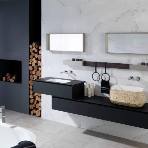 Satariano-Bathrooms-Gamadecor-Modern-dual-sinks-on-black-elongated-storage-unit