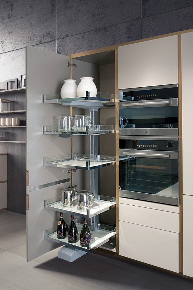 satariano-home-kitchen-trends-21_VETRO_BRONZO_V4_1K
