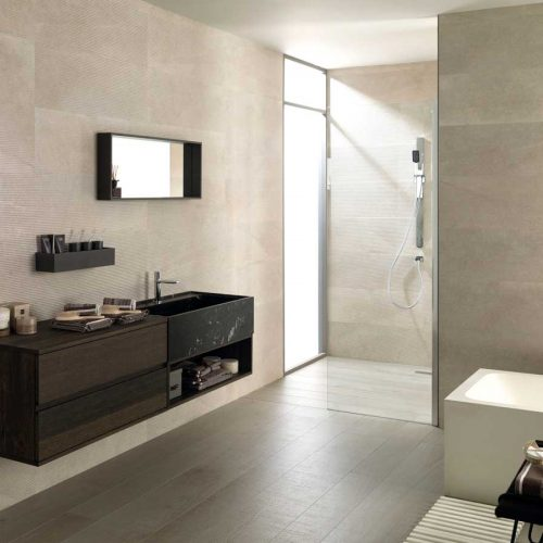 Satariano-Bathroom-Porcelanosa-Classic-beige-with-black-and-wooden-style