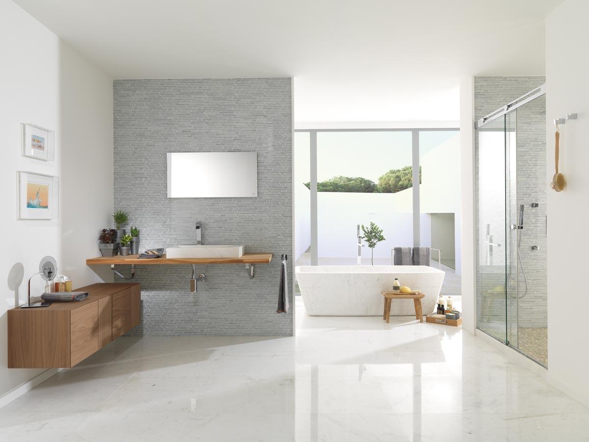 Satariano-Bathroom-L-Antic-Colonial-Classic-design-open-plan ...