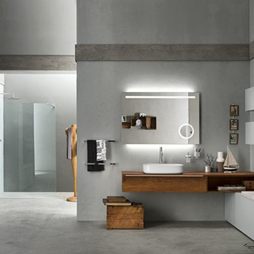 Satariano-Bathrooms-Inda-Classic-Bathroom-with-a-Walk-in-Shower