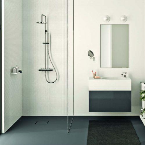 Satariano Bathrooms Mamoli Classic shower and sink white with dark grey storage unit
