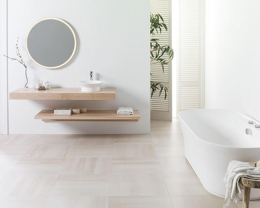 Satariano-Bathrooms-Urbatek-Classic-white-with-beige-tiling-and-wooden-bathroom-elements
