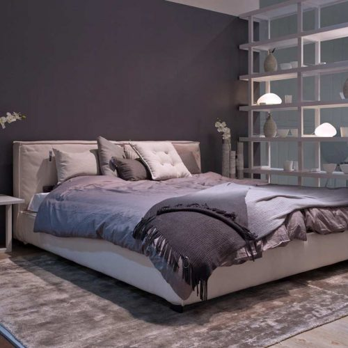 Satariano-Bedrooms-Classic-Furinova-large-padded-bed
