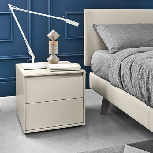 Satariano-Bedrooms-San-Giacomo-Classic-light-wooden-nightstand