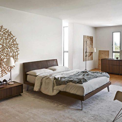 Satariano-Bedrooms-San-Giacomo-Contemporary-brown-double-bed
