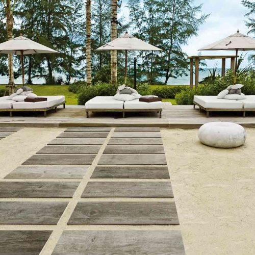 Satariano-Floors-and-Walls-Contemporary-Novabell-outdoor-step-tiles