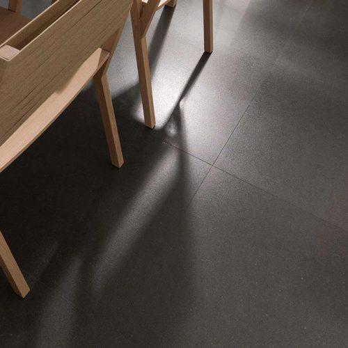 Satariano-Floors-and-Walls-Urbatek-Classic-charcoal-tiling
