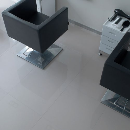 Satariano-Floors-and-Walls-Urbatek-Classic-large-beige-high-gloss-tiling
