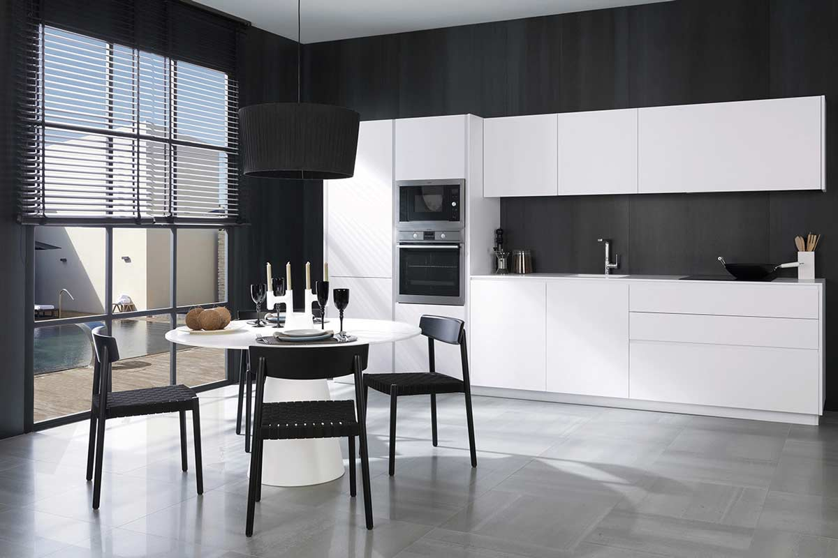 Satariano-Floors-and-Walls-Urbatek-Contemporary-gradient-grey-tiling