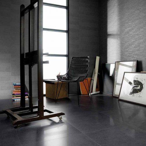 Satariano-Floors-and-Walls-Urbatek-Modern-high-gloss-floor-and-brick-grey-walls
