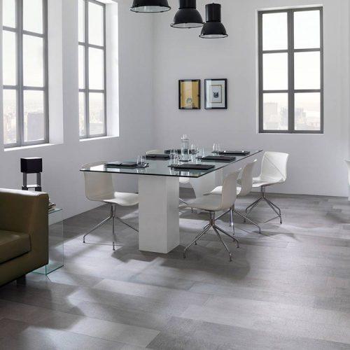 Satariano-Floors-and-Walls-Urbatek-Modern-parquet-grey-tiling