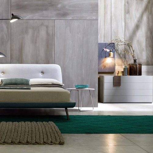 Satariano-Furniture-NovaMobili-Classic-dark-green-and-white-bed