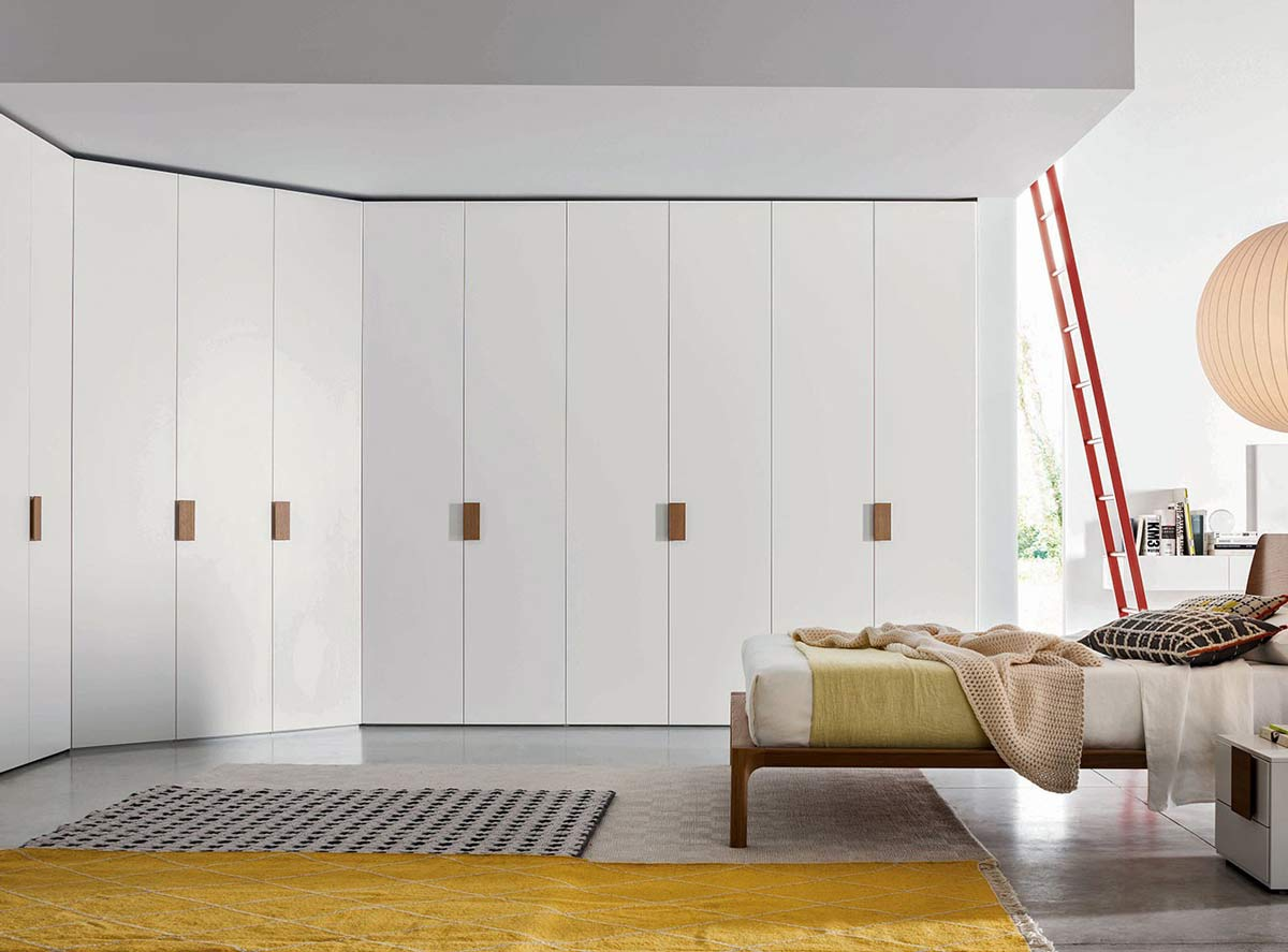 Satariano Furniture Novamobili Contemporary White Floor To Ceiling
