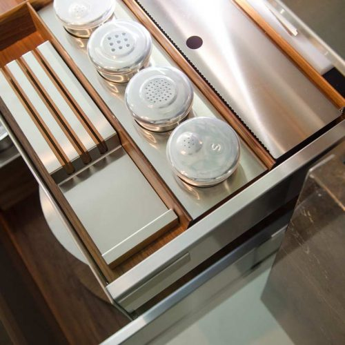 Satariano-Furniture-SCIC-Contemporary-Kitchen-cupbord-organizer