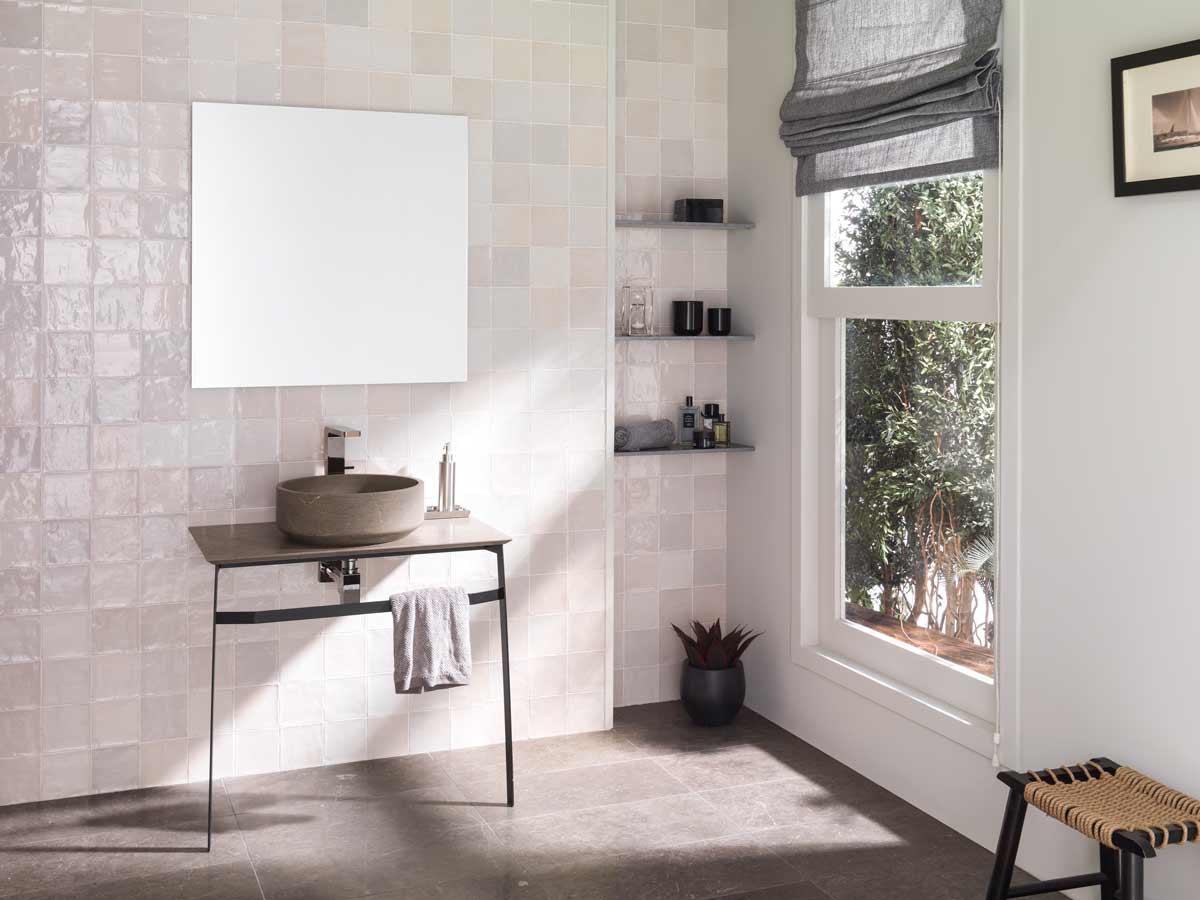 Satariano L Antic Colonial Bathroom Modern Stone Circular