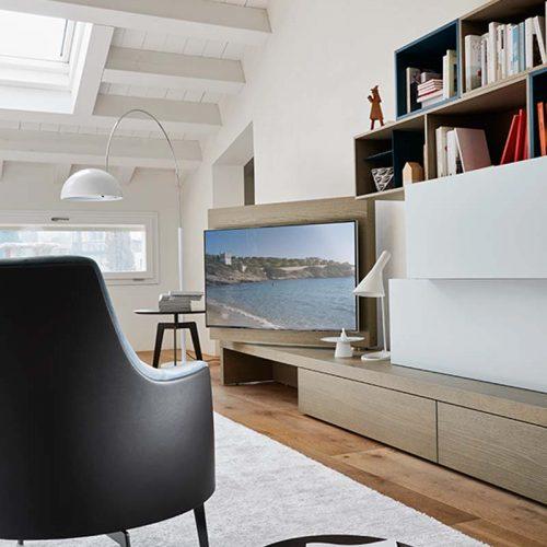 Satariano-Living-San-Giacomo-Classic-white-and-sand-wood-tv-rotation-unit
