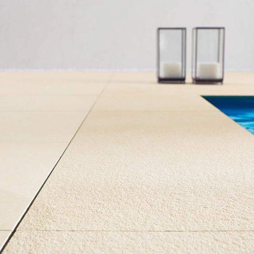 Satariano-Outdoor-Urbatek-Classic-beige-pool-tiling