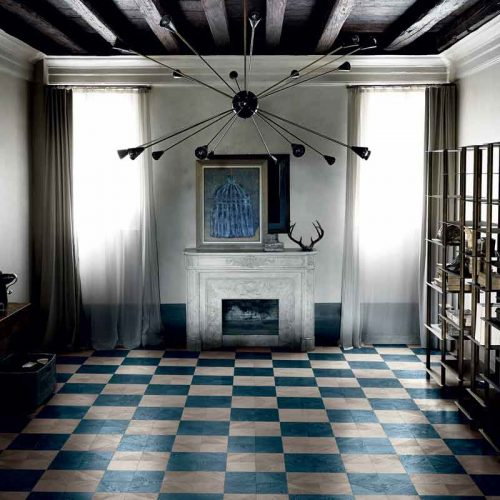 Satariano-Walls-and-Floors-Bisazza-blue-square-pattern