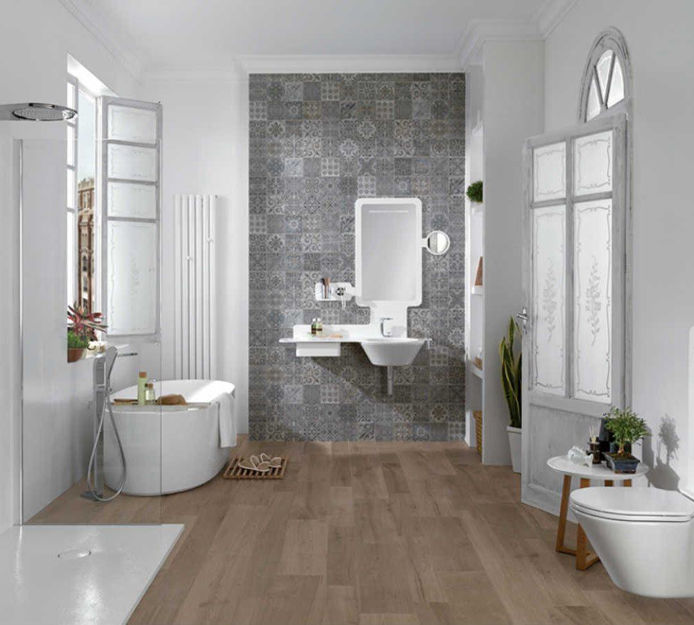 Satariano Bathooms Noken Modern rectangular mirror and oval bath