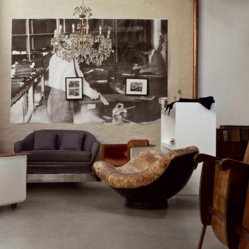 Satariano Floors and Walls Casa Dolce Casa Classic beige gloss flooring