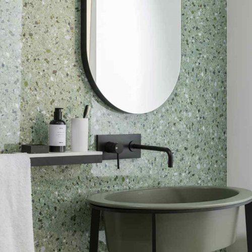 Satariano Floors and Walls Casa Dolce Casa Contemporary Bathroom high gloss feature wall