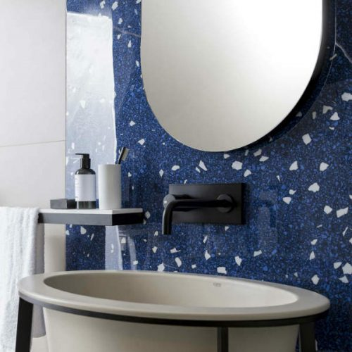 Satariano Floors and Walls Casa Dolce Casa Modern Bathroom blue gloss feature wall