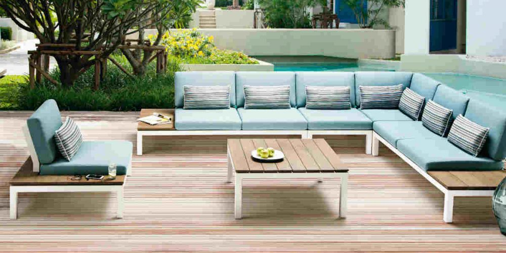Satariano Outdoor and Spa Applebee pool side lounge furniture