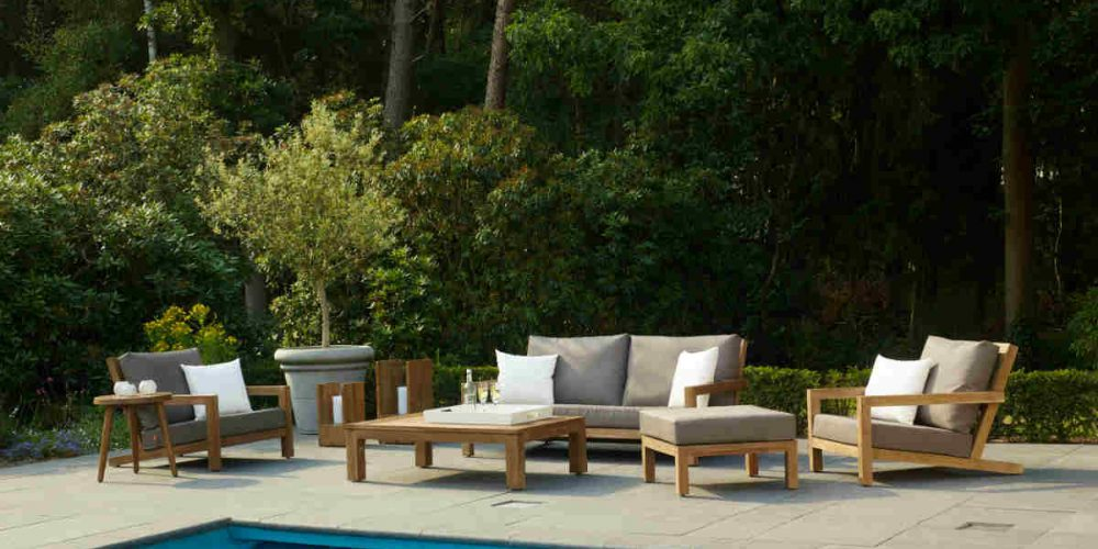 Satariano Outdoor and Spa Applebee wooden poolside furniture lounge