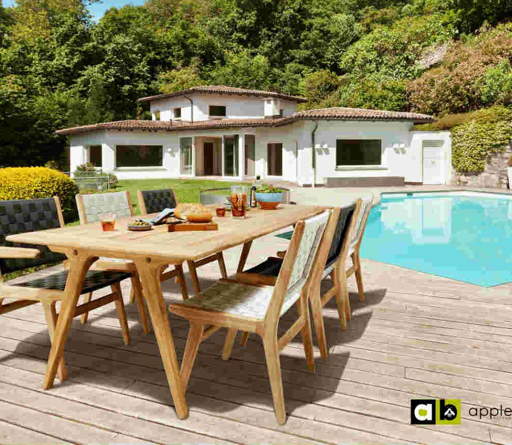 Satariano Outdoor and Spa Applebee wooden table and chairs
