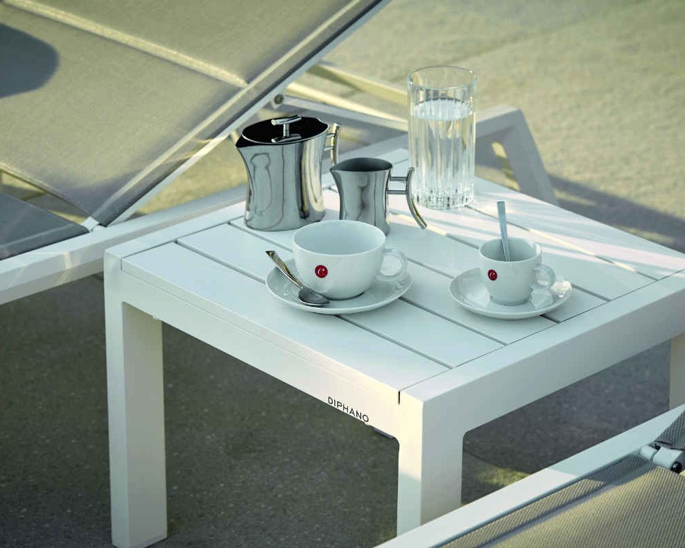 Satariano Outdoor and Spa Diphano outside furniture coffee table